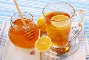 simple-and-effective-honey-and-lemon-tea-recipe-for-sore-throats1_124804